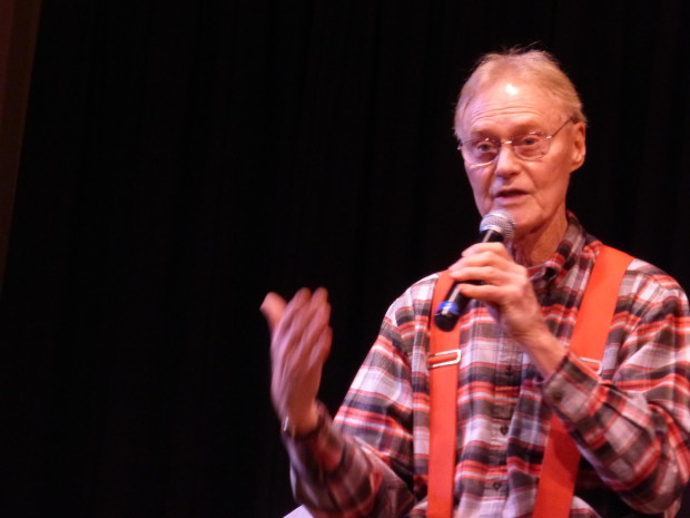 Roger Fuson tells a story at Tellabration! 2014, 11.22.14, Anchorage, Ak